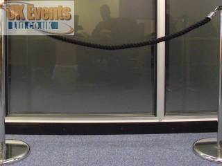 black ropes and posts(Stanchion)